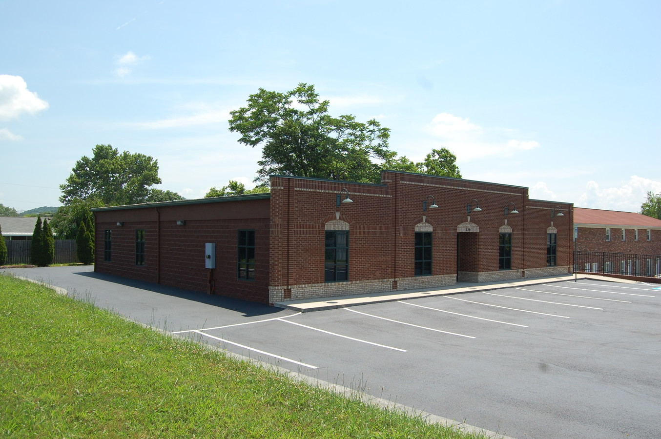 329 Bonham Road, Bristol, Virginia 24201, ,Office,For Sale,Bonham Road,1,1024